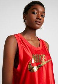 Nike Sportswear - Top - university red/metallic gold - 3