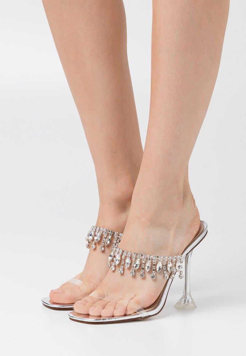 BEBO - MADEIRA - Pantofle na podpatku - clear/silver metallic