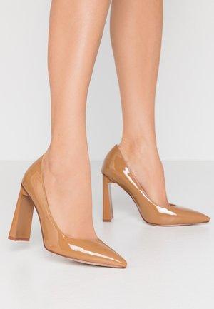 WIDE FIT JOVITA - High heels - coffee