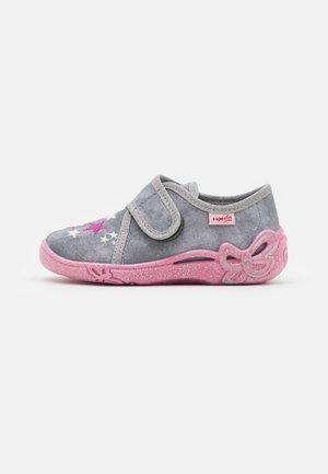 BELINDA - Pantoffels - grau