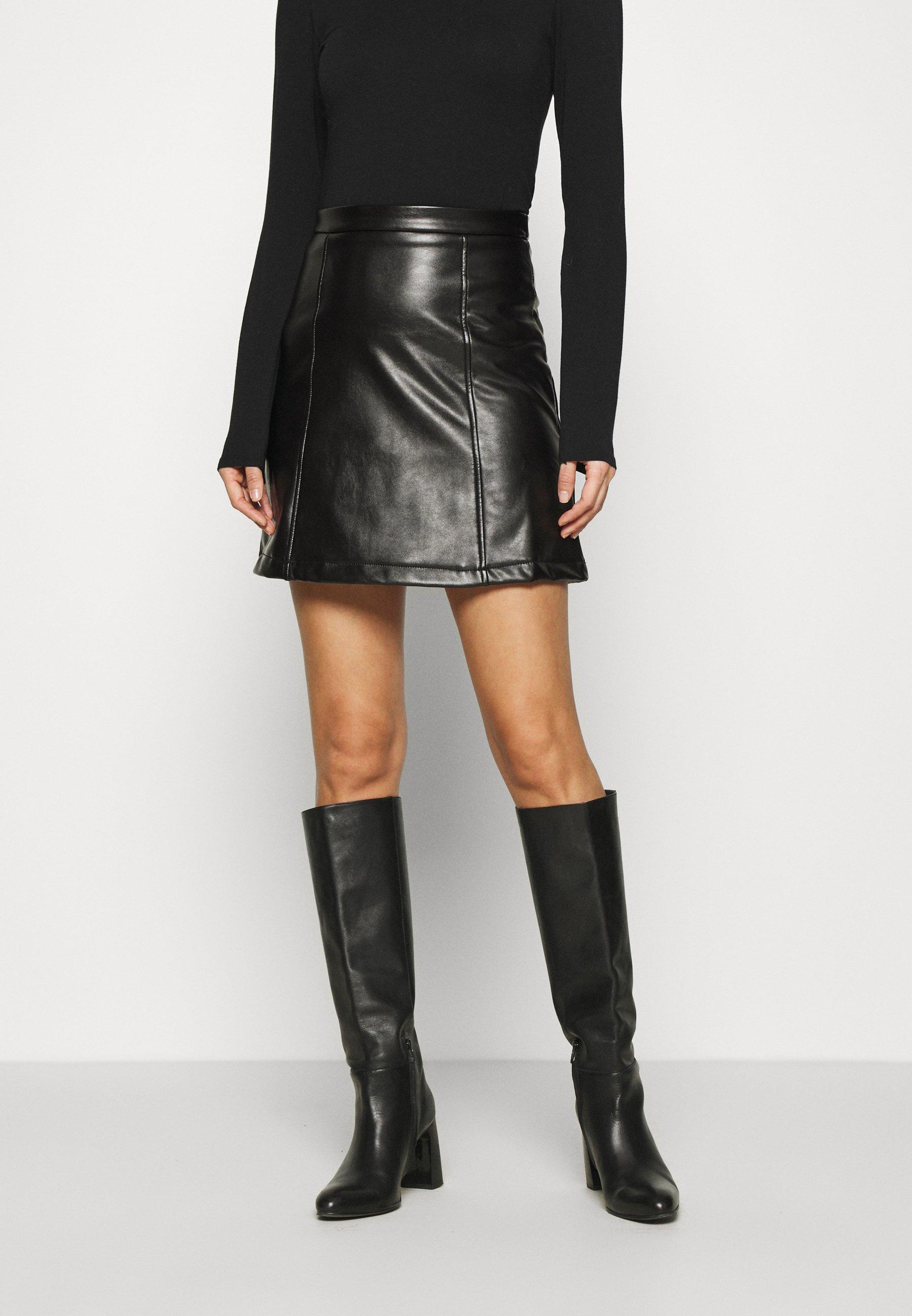 Femme PU leather mini skirt - Minijupe