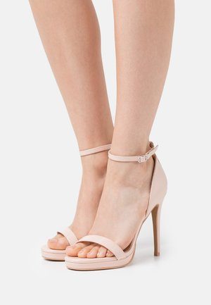WIDE FIT CRESSIDA - Plateausandalette - nude