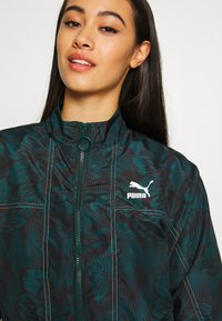 Puma - EMPOWER SOFT TRACK JACKET - Summer jacket - greengables - 4