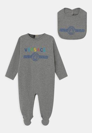 MEDUSA WITH GRECA GIFT SET UNISEX - Sleep suit - grey melange/multicolor
