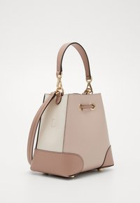 MICHAEL Michael Kors - MERCER GALLERY XBODY MERCER PEBBLE SET - Håndtasker - beige - 5