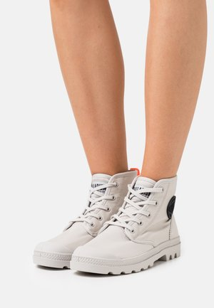 PAMPA HI - Lace-up ankle boots - moon grey