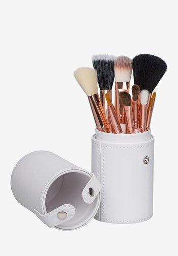 12 PIECE BRUSH SET TRAVEL CASE - Makeup brush - white/rose gold