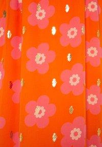 Never Fully Dressed Tall - SIENNA FLORAL DRESSES - Maxi šaty - orange - 2