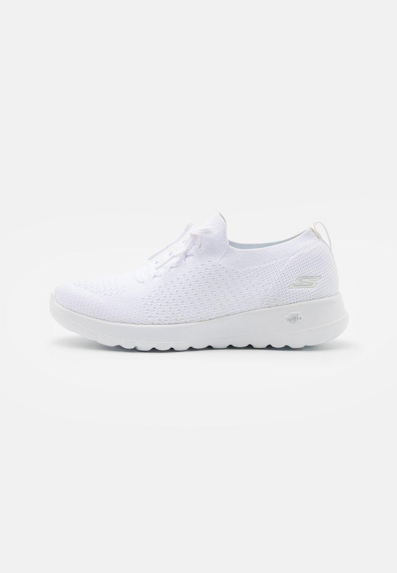 Skechers Performance - GO WALK JOY - Obuwie do biegania Turystyka - white