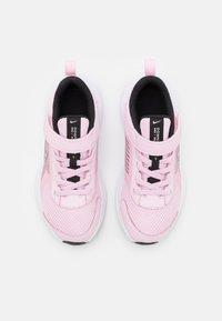 Nike Performance - DOWNSHIFTER 11 UNISEX - Neutrální běžecké boty - pink foam/metallic silver/black/white - 3