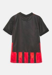 Nike Performance - EINTRACHT FRANKFURT Y UNISEX - Club wear - black - 1