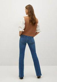 Mango - FLARE - Široké džíny - middenblauw - 2