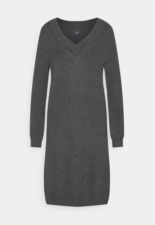 CROSSOVER VNECK - Sukienka dzianinowa - charcoal grey