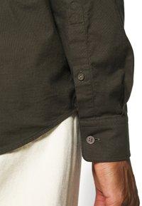 ARKET - Shirt - green dark - 5