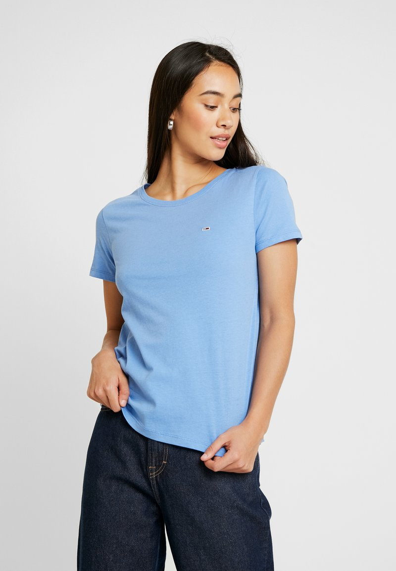 Tommy Jeans - SOFT TEE - T-shirts - ultramarine