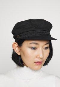 Even&Odd - Hatt - black - 1