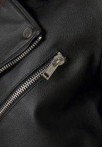 Deadwood - RIVER CACTUS  - Faux leather jacket - black - 2