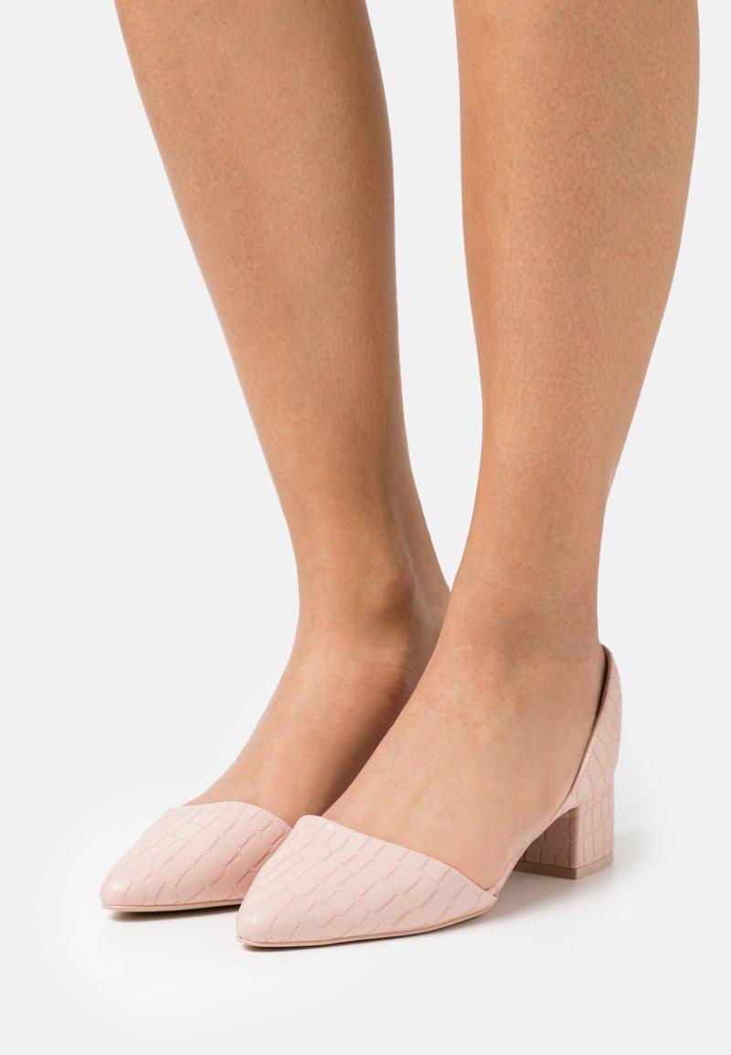 Call it Spring - CLARRISSA - Sandals - light pink