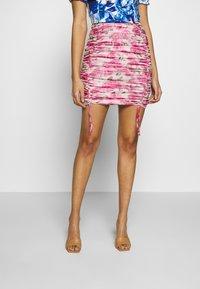 Missguided - SHEER MINI SKIRT - Spódnica ołówkowa  - pink - 0