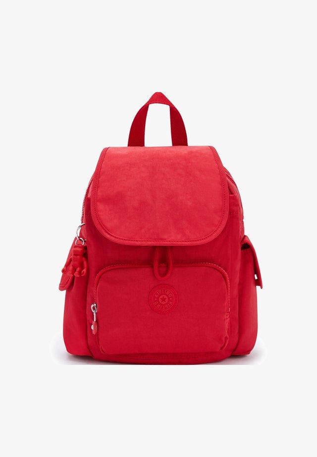 BASIC CITY  - Tagesrucksack - red rouge