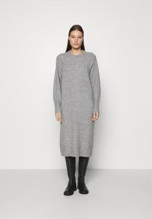 MIDI LENGTH DRESS - Abito in maglia - grey marl