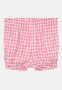GAP - Shorts - neon impulsive pink - 1