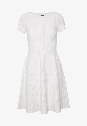 ARDENNE ABITO STRETCH - Sukienka dzianinowa - white