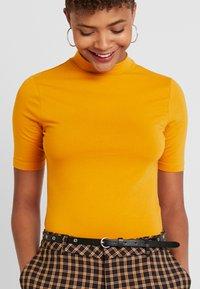 Even&Odd - Basic T-shirt - inca gold - 4