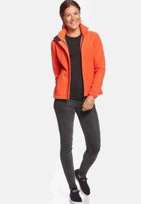 Jeff Green - ANNE - Fleece jacket - orange - 1