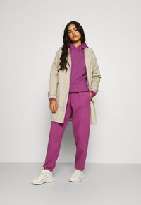 BDG Urban Outfitters - HOODIE - Sweater - damson magenta - 1