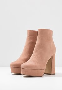 Madden Girl - High heeled ankle boots - tan - 4