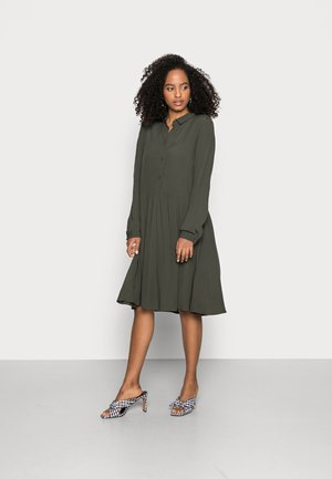 BINDIE DRESS - Shirt dress - racing green