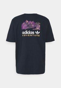 adidas Originals - FLMOUNT TEE - Print T-shirt - legend ink - 9