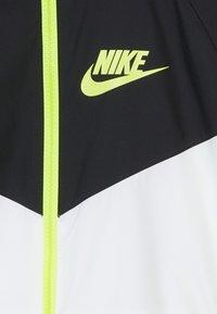 Nike Sportswear - Sportovní bunda - white/black/volt - 4