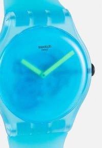 Swatch - OCEAN BLUR UNISEX - Hodinky - blue - 4
