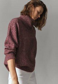 Massimo Dutti - PULLOVER MIT WEITEM AUSSCHNITT - Sweatshirt - bordeaux - 1