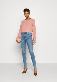 Weekday - BODY HIGH - Jeans Skinny Fit - bleecker blue - 1