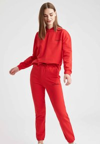 DeFacto - Tracksuit bottoms - red - 3