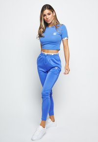 SIKSILK - Basic T-shirt - blue - 1