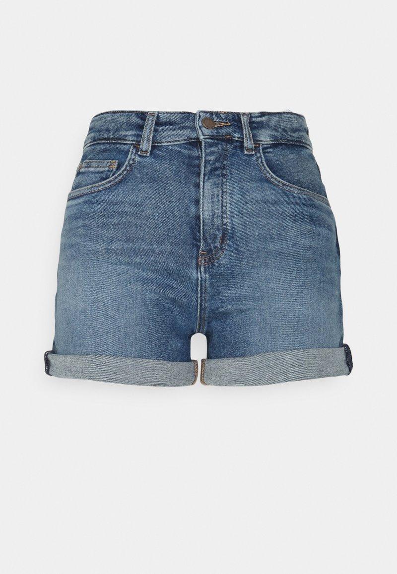 Marc O'Polo DENIM - Short en jean - treated mid blue