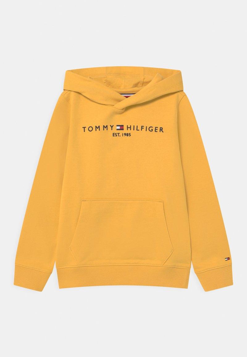 Tommy Hilfiger - ESSENTIAL HOODIE - Felpa con cappuccio - midway yellow