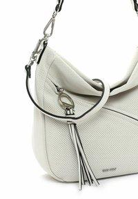 SURI FREY - HOLLY - Handbag - ecru - 4