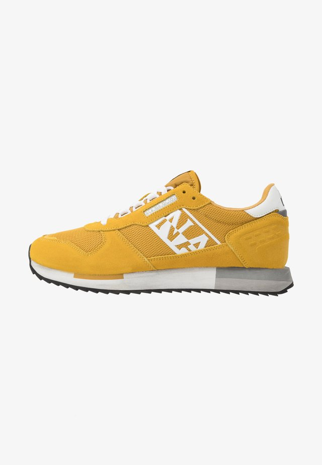 Sneakers - freesia yellow