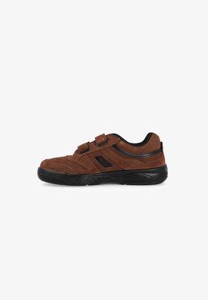 PAREDES  - Zapatillas - brown