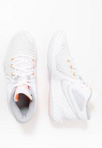 Nike Performance - KD TREY 5 VIII  - Basketball shoes - white/pure platinum/total orange/wolf grey/cool grey - 1