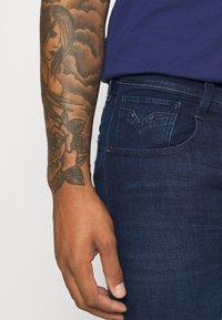 Replay - ANBASS X LIGHT - Slim fit jeans - dark blue - 3