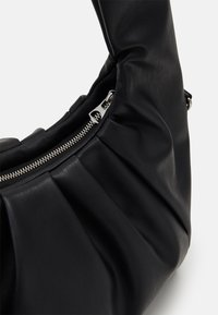 Weekday - POUCH BAG - Bolso de mano - black - 3