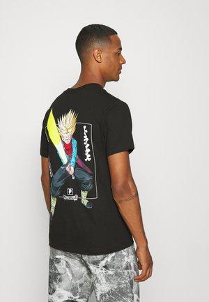 VICTORY TRUNKS TEE - Print T-shirt - black