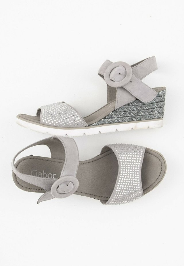 Sandalen met sleehak - grey