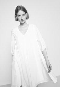 Bruuns Bazaar - KALATEA ALLURE DRESS - Day dress - snow white - 4